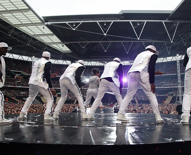 Flawless live at the 2011 Summertime Ball