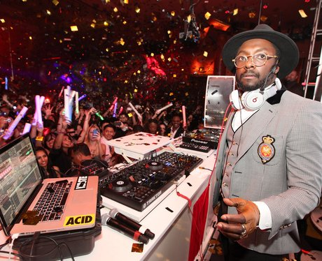 Will.i.am DJ's on New Years eve