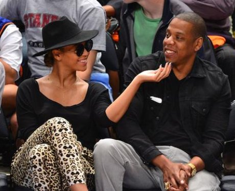 Beyonce and Jay z at kknicks game