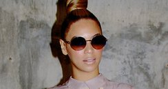 Beyonce posts pictures on her tumblr account