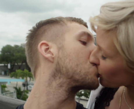 Calvin Harris kissing Ellie Goulding on the lips