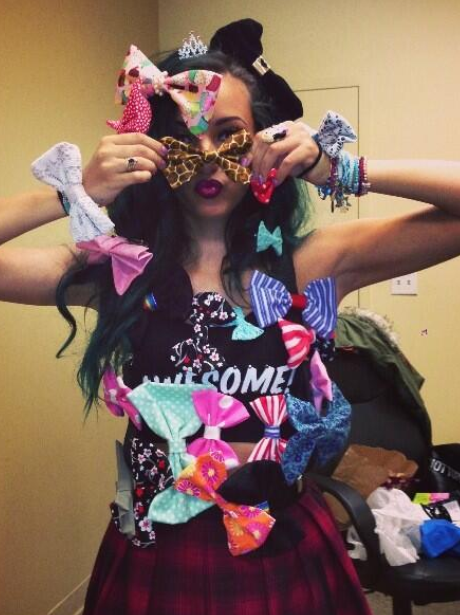 Jade Thirlwall wearing lots of bows from fans