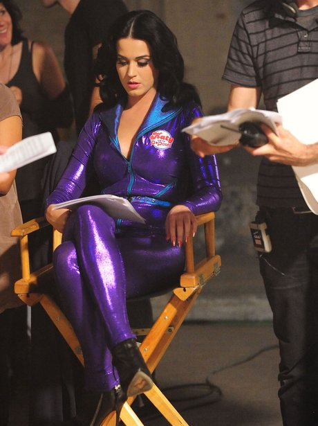 Katy Perry behind the scenes with popchips