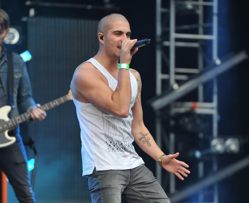 bell airplanes with Max George on Max George moreover 24 moreover 22 also P 39Q 20 together with Treble Clef Icon.