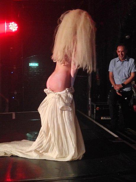 Lady Gaga strips off at G-A-Y