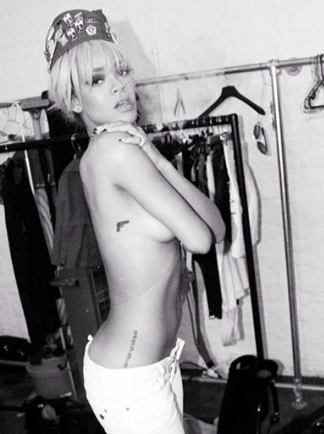 Rihanna Instgram