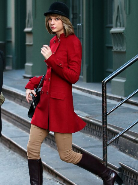 Taylro Swift red coat
