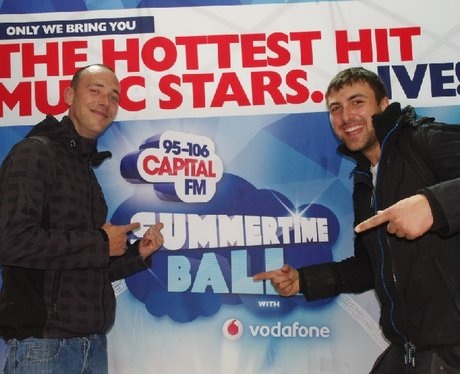 Summertime Ball - Sunday Part 1