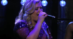 Kelly Clarkson YouTube Live Cover