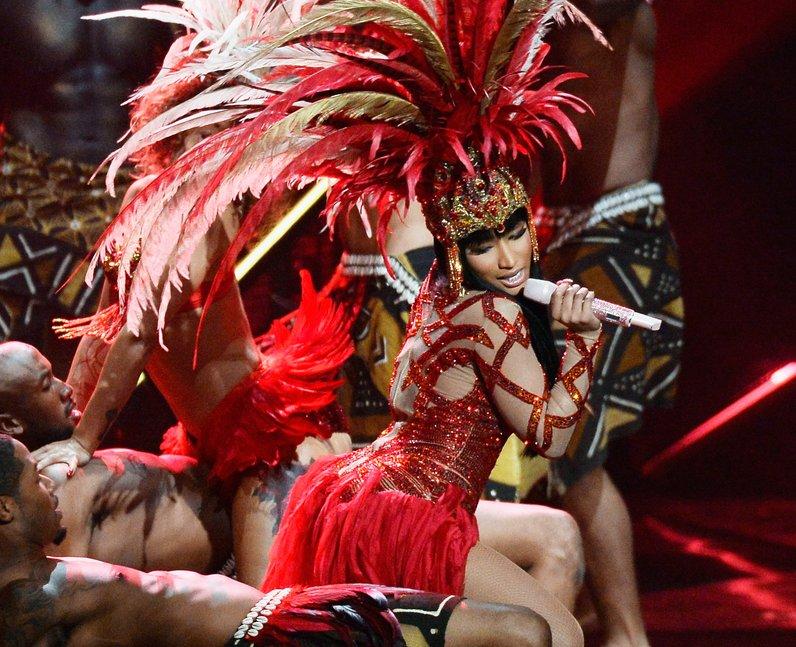 Nicki Minaj live on stage at the MTV VMAs 2015