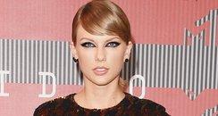 Taylor Swift - MTV VMAs 2015 red carpet arrivals