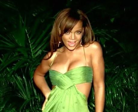 Rihanna - 'SOS' (music video)