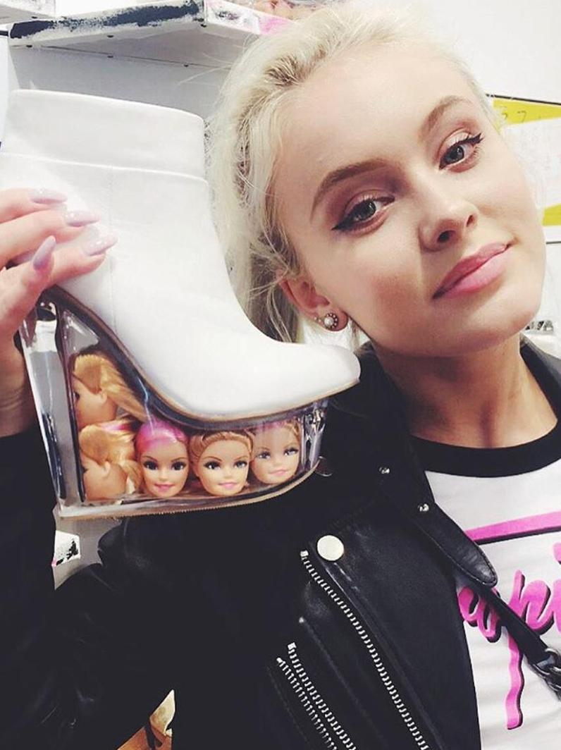 Zara Larsson chooses her next pair of shoes